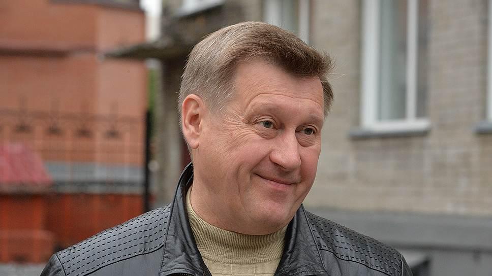 Как Анатолий Локоть кардинально изменил свое отношение к двухтуровой системе выборов мэра