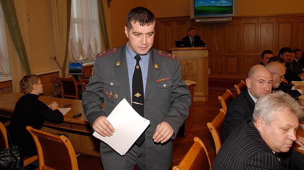 Как глава новосибирской ГИБДД Сергей Штельмах был уволен по компрометирующим основаниям
