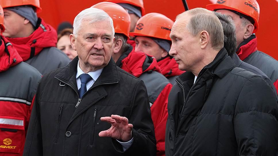 По мнению экспертов, появление ГК «Киевская площадь», близкой к власти, в капитале «Сибмоста» можно расценить как способ спасения компании от банкротства