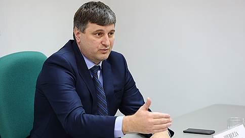 Иркутскому министру не дали вылететь домой  / Чиновника задержали по делу о вырубках
