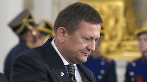 Семейное освобождение  / Новосибирский суд перевел под домашний арест экс-директора клиники имени Мешалкина и его жену