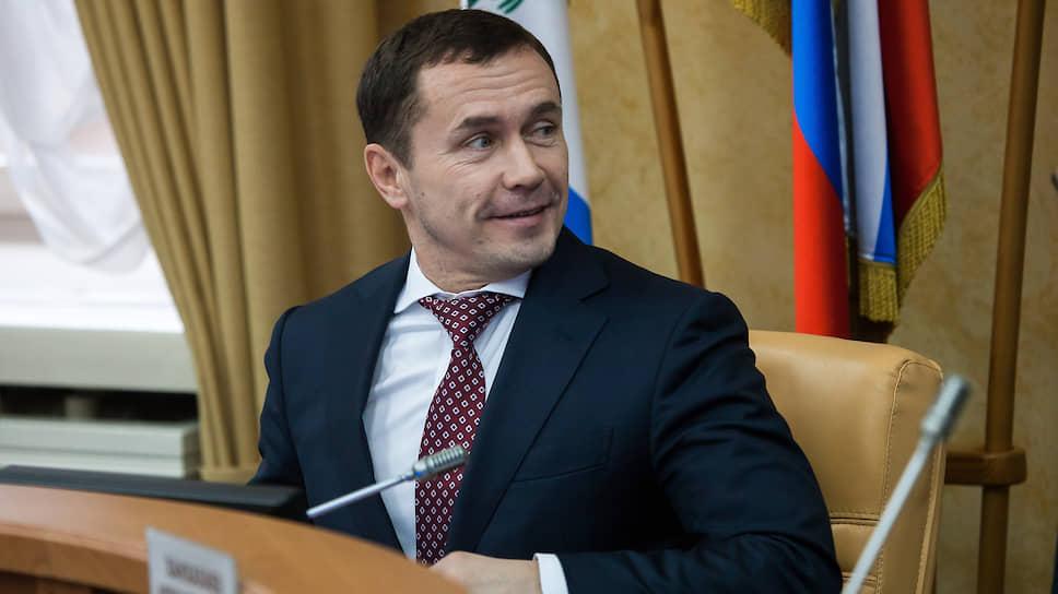 Политологи считают, что Дмитрий Бердников оставшееся время на посту мэра посвятит возвращению его прямых выборов