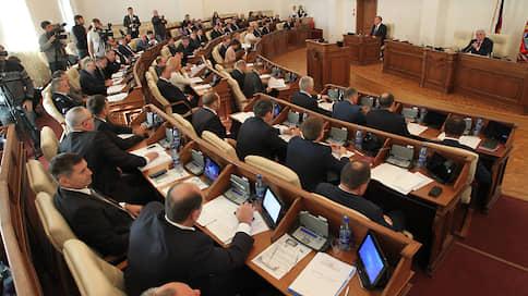 Мэры непрямого воздействия  / Алтайское заксобрание не вернуло Барнаулу прямые выборы главы города