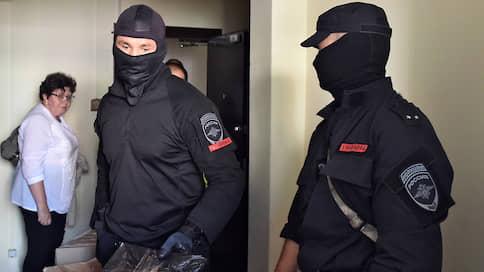 Уголовное дело поставили к стене  / Чиновники мэрии Бийска подозреваются в халатности при приемке в эксплуатацию жилья