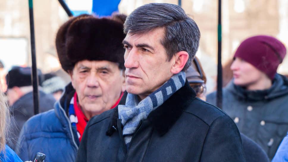 У Алексея Скосырского еще нет развернутой предвыборной программы, главной задачей  сити-менеджера он считает увеличение городского бюджета за счет привлечения инвесторов