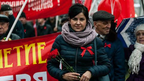 И так при деньгах  / Коммунисты предложили депутатам алтайского заксобрания отказаться от компенсаций