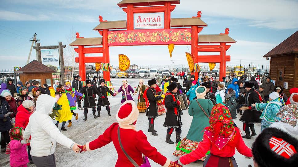 Власти Алтайского края обещают, что «Сибирская масленица» в 2020 году пройдет в «Сибирском подворье»