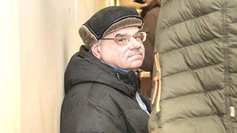 Посадка на бегу  / Бывший топ-менеджер «Омсктрансстроя» получил заочный тюремный срок