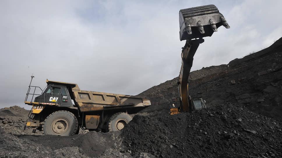 Власти Кузбасса надеются отбить падение объемов добычи угля во втором полугодии