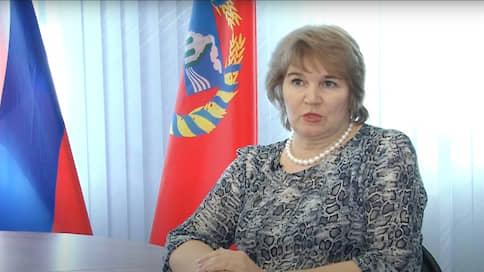Взаимная медицинская помощь  / Бывшего замминистра Алтайского края будут судить за взятку итальянским гарнитуром и сантехникой