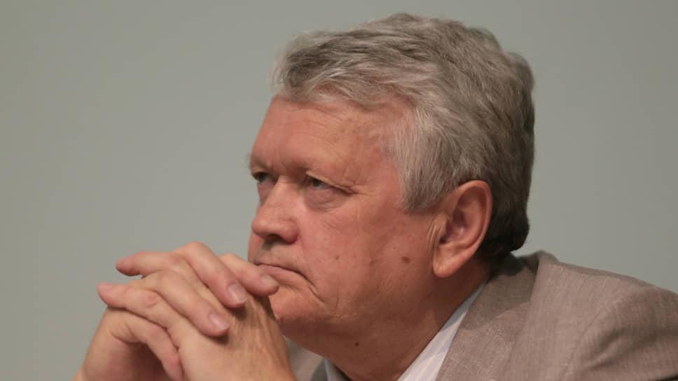 Дело академика стоит особняком / В отношении экс-главы СО РАН возбуждено дело о мошенничестве