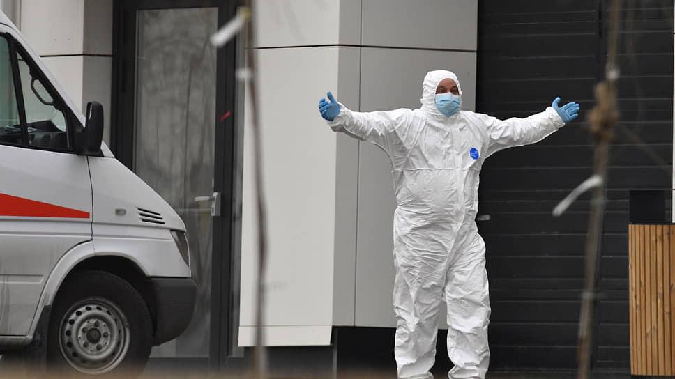 Эпидемия взяла свое / От коронавируса в Сибири за полгода умерло более 2,1 тыс. человек