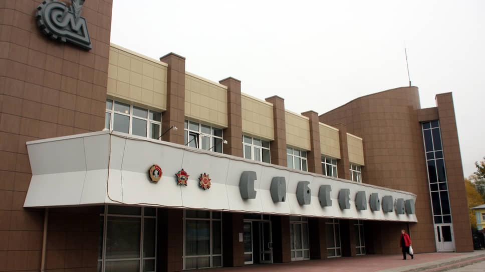 «Сибсельмаш» уходит на сторону / Итоги торгов по продаже завода, банкротящегося с 2011 года, могут быть оспорены