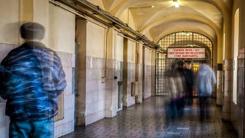 Фальсификация дела привела в СИЗО  / Бывшие высокопоставленные сотрудники прокуратуры арестованы в Новосибирске