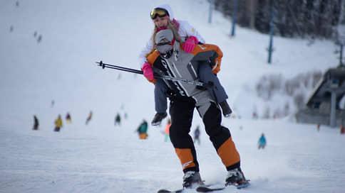 Туристы раскатали лыжи  / Горнолыжные курорты в Сибири столкнулись с повышенным спросом наНовый год
