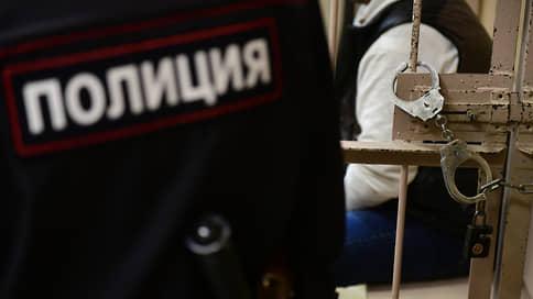 Контрабанда в погонах  / Бывший иркутский транспортный прокурор задержан по подозрению в мошенничестве