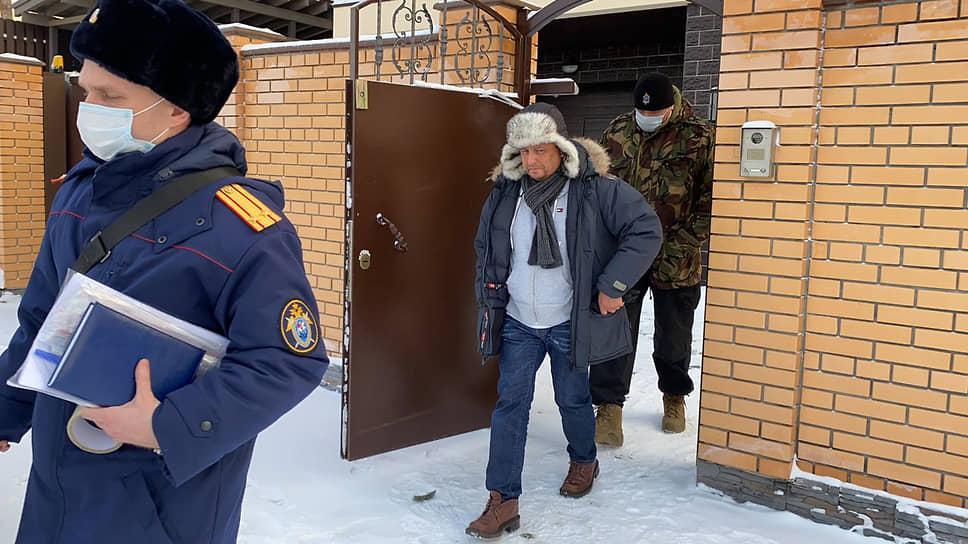 Следователи считают, что Михаил Чуманов получал взятки от дорожно-строительных компаний области