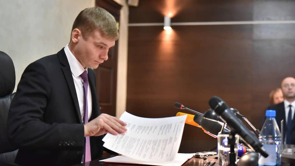 Глава Хакасии ответил на отзыв / Инициативная группа жителей республики не смогла доказать, чтогубернатор нарушил законодательство