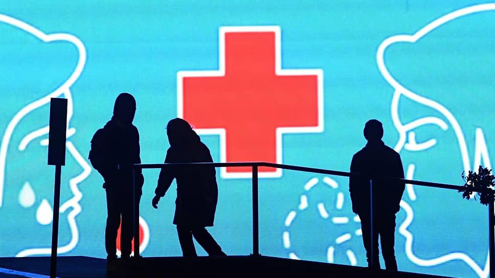 Эксперты отмечают рост пожертвований тем адресатам, кого пандемия затронула больше всего:  медикам, малообеспеченным, пожилым людям