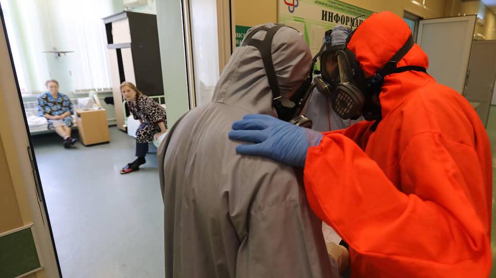 В Сибири наибольшая смертность от коронавируса в мае отмечена в Омской области, Алтайском крае и Иркутской области