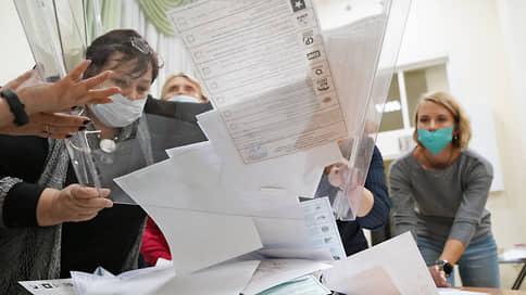 Разобрали голоса  / «Единая Россия» может сократить представительство в четырех региональных парламентах в Сибири