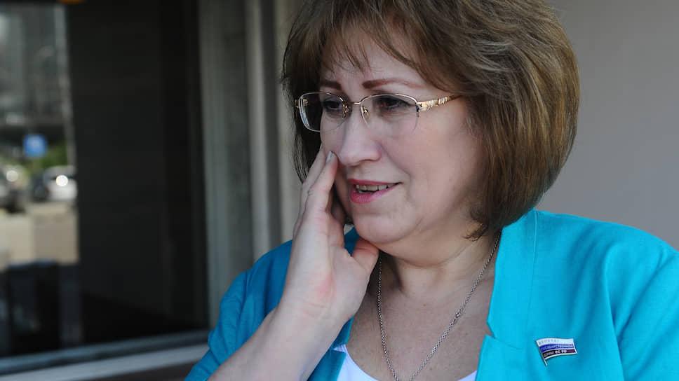Депутату Госдумы пригрозили из-за инициативы о запрете снюса