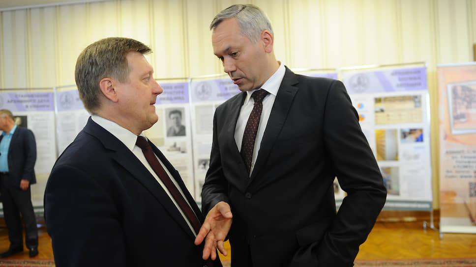 Мэр Новосибирска Анатолий Локоть (слева) и губернатор Новосибирской области Андрей Травников (справа)