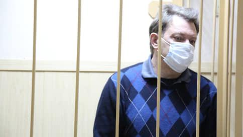 Суд оставил мэра Томска Ивана Кляйна в СИЗО  / Градоначальнику предъявили обвинение в превышении должностных полномочий