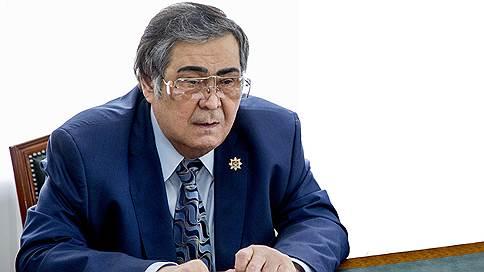 Грамотно подставленные  / Аман Тулеев назвал абсурдными обвинения в адрес своих подчиненных