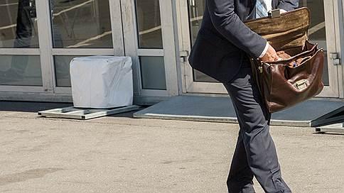 Кузбасские чиновники показали доходы  / Заместители губернатора заработали в 2016 году более 27 млн рублей