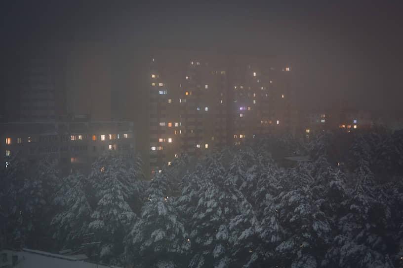Снежная метель в новосибирском Академгородке
