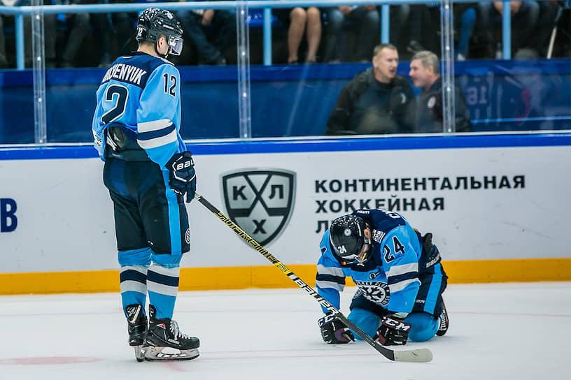Игроки «Сибири» во время матча