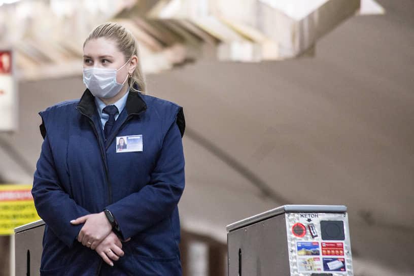 Влажная дезинфицирующая уборка в новосибирском метро проводится дважды в сутки