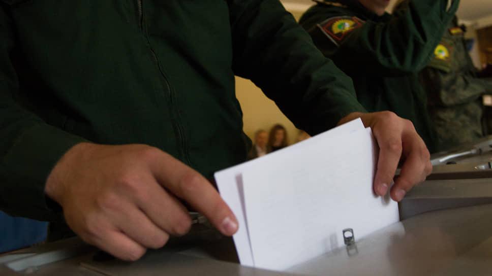 Члены комиссии по городскому самоуправлению горсовета Красноярска не смогли прийти к единому мнению относительно возврата прямых выборов мэра. Соответствующий законопроект внесла на обсуждение комиссии группа из 16 оппозиционных депутатов