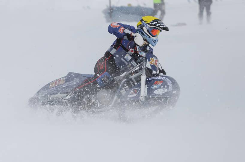 Соревнования проходили несмотря на тридцатиградусный мороз