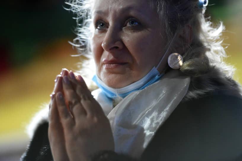 Во всех дацанах Буддийской традиционной сангхи России (дацан — буддийский храм; сангха – официальная, централизованная религиозная организация, самая крупная буддийская община в России) проводится обряд Дугжууба
