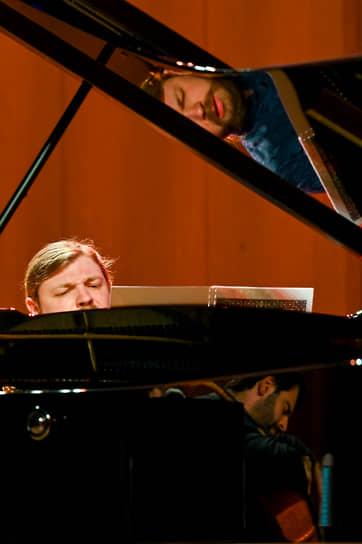 Концерт «Транссибирского Арт Фестиваля» в Красноярске. На фото: Денис Кожухин (фортепиано) и Пабло Феррандес (виолончель)