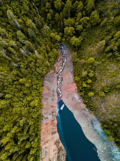 Виды Республики Хакасия. Водохранилище Саяно-Шушенской ГЭС, верхний бьеф