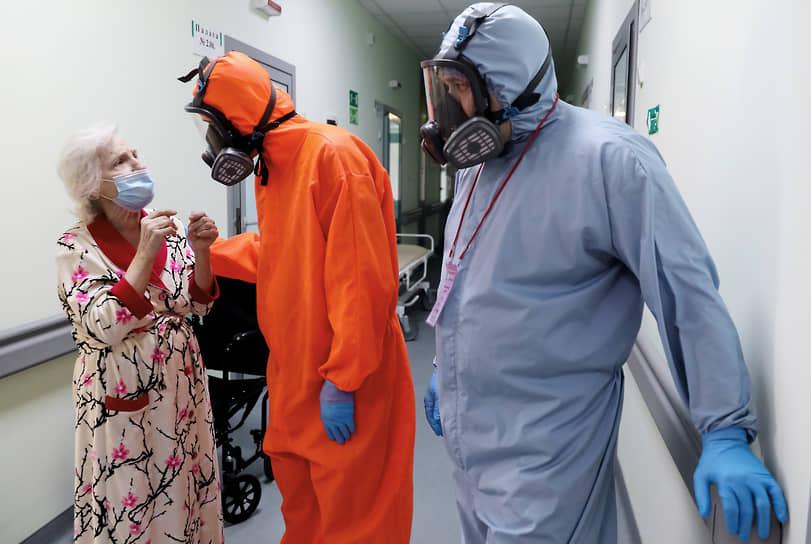 Впервые с февраля в Новосибирской области, по данным оперштаба 18 июня, за сутки выявили 120 заболевших COVID-19