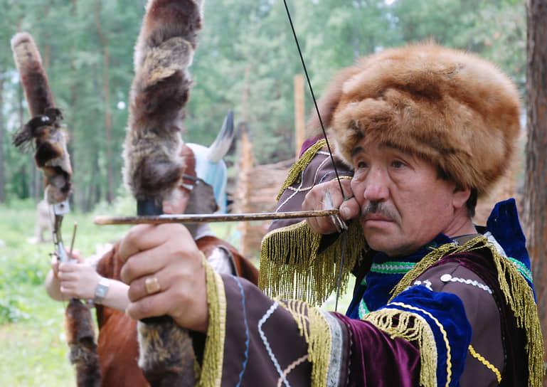 История заселения межгорных долин Алтая началась еще в каменном веке, около 1,5 млн лет назад — таков предполагаемый возраст Улалинской стоянки, обнаруженной археологами в Горно-Алтайске