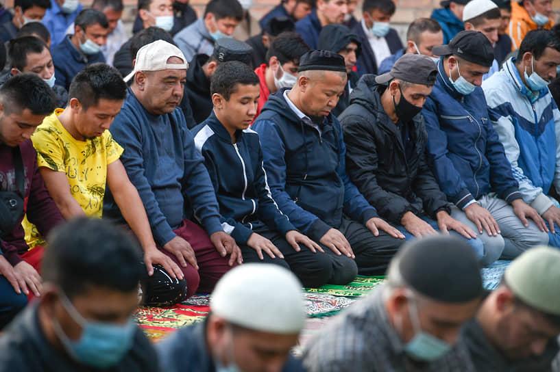 Курбан-байрам отмечается мусульманами через 70 дней после завершения священного месяца Рамадан