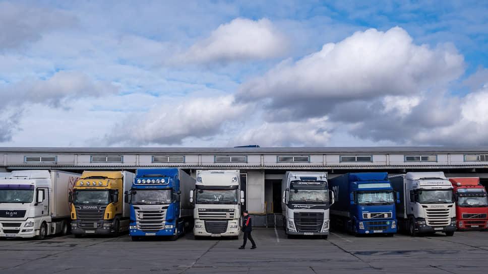 Транспортные компании, занимавшиеся автоперевозками, в пандемию начали уходить с рынка, в  2021-м тенденция усилилась
