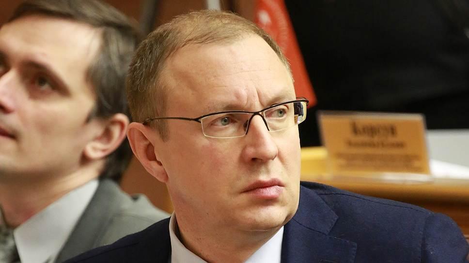 Совместное погружение / Дмитрий Самойлов пытается заручиться поддержкой руководства ПГД