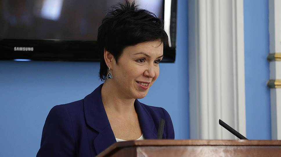 Людмила Гаджиева представила депутатам гордумы планы по замене троллейбусов на автобусы