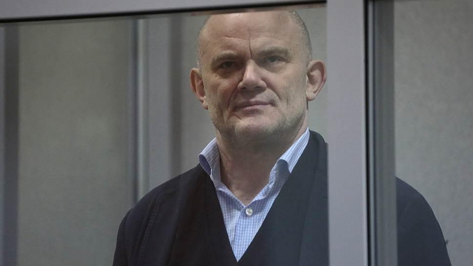 Владимир Нелюбин приговорен к реальному сроку за хищение средств банка