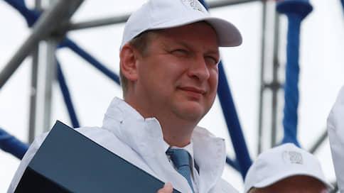 Министр у аппарата  / Павел Лях получил проект в сети «Семья»