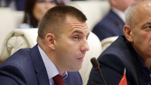 Депутат заксобрания получил три года за инсценировку покушения