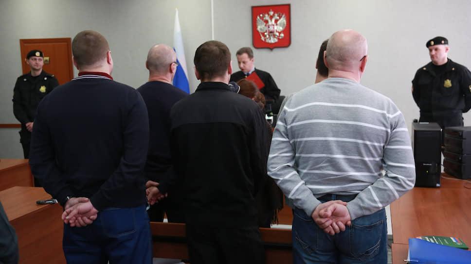 В Ленинском суде Перми читается приговор по делу о пожаре в клубе «Хромая лошадь», 2013 год.