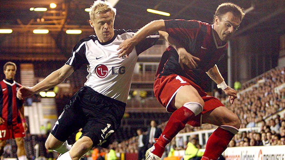 В 2009 году «Амкар» дебютировал на международной арене — он боролся за выход в плей-офф Лиги Европы сезона-2009/2010 с лондонским «Фулхемом». В Перми команда с минимальным счетом обыграла лондонцев, но из-за более крупного поражения в Лондоне не смогла пойти дальше. На фото: Никола Дринчич в матче с «Фулхемом», 2009 год.