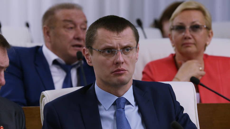 В политическом блоке губернатора все важные поручения по теме внутренней политики исполняет замглавы администрации Дмитрий Пучко.
